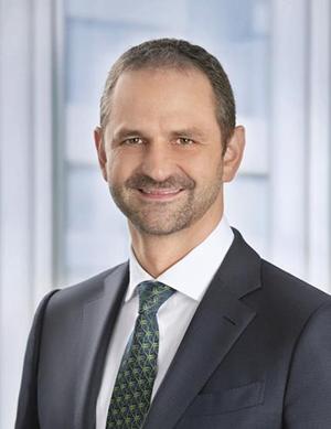 ENGEL 集团 CSO Christoph Steger 博士