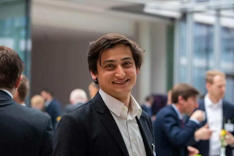 Plastics Innovation GmbH的CEO Umut Çakmak博士