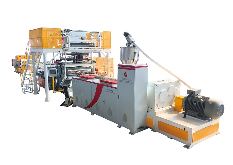 青岛三益将展出自动化大产量PVCSPC地板生产线,整机采用智能一键同步模块,是中国国内真正意义上能实现速度同步的最完善系统